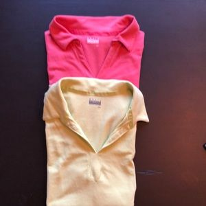 Set of two sleeveless polos